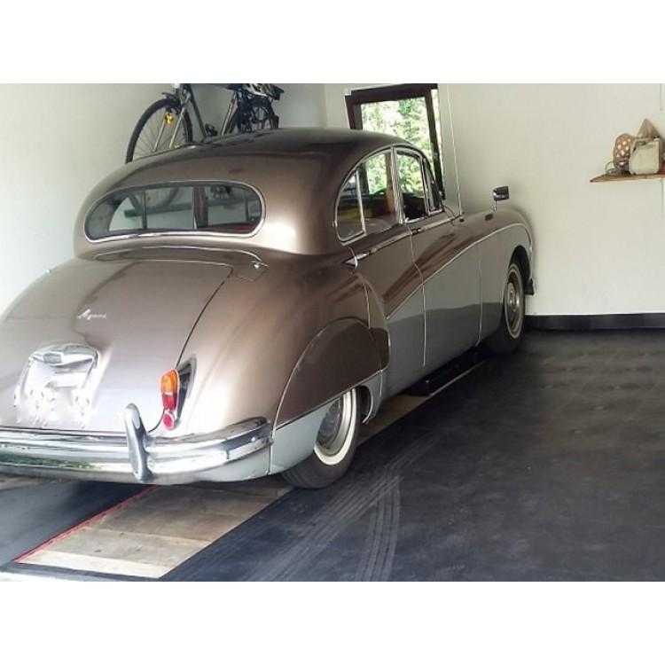 garagenbodensanierung mit pvc klickfliesen schon ab pro m2 inkl mwst mehr als. Black Bedroom Furniture Sets. Home Design Ideas