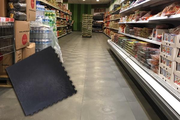 Boden für den Ladenbau